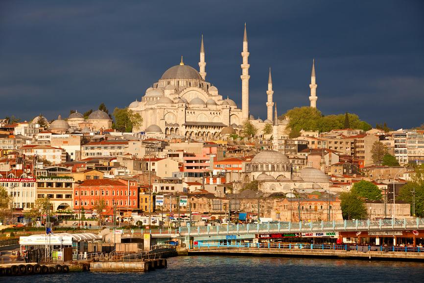 Новый финансовый центр будет в Стамбуле, а не в Москве