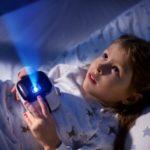 «Мегафон» открыл продажи портативного кубика-проектора Cinemood