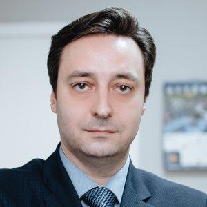 Владислав Олейников
