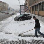 Тротуары с подогревом избавят города от реагентов