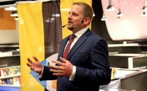 6800  россиян подали заявление на гражданство Либерленда