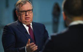 ВТБ порвал с Дерипаской из-за санкций