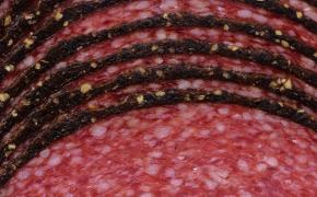 Мясные производители просят поднять цены