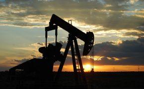Минэнерго предупредило о падении нефти до $50