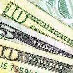 Moody's: сильный доллар вредит России