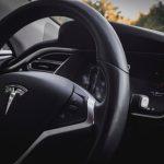 Tesla впервые за два года показала прибыль
