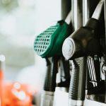 Медведев заморозил цены на бензин до Нового года