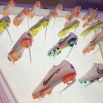 Nike выпустит кроссовки с автоматическими шнурками