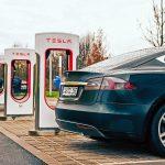 Tesla понесла многомиллионные убытки