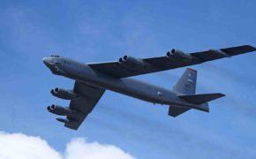 B-52 репетировал бомбардировку Санкт-Петербурга