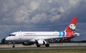 Superjet экстренно снизился над Уралом