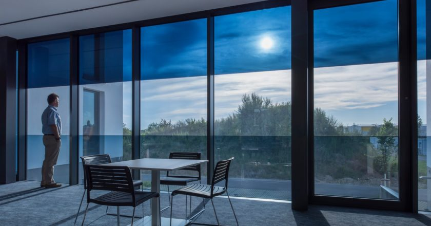 Рынок электрохромного стекла достигнет $9 млрд