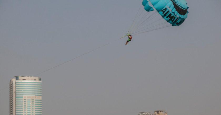 В России создали парашют для эвакуации из горящих высоток