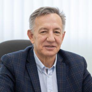 Олег Толстых