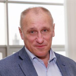 Александр Аузан